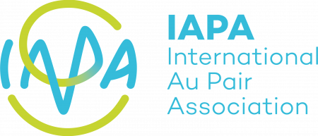 180619_Logo_IAPA_cmyk_verlauf